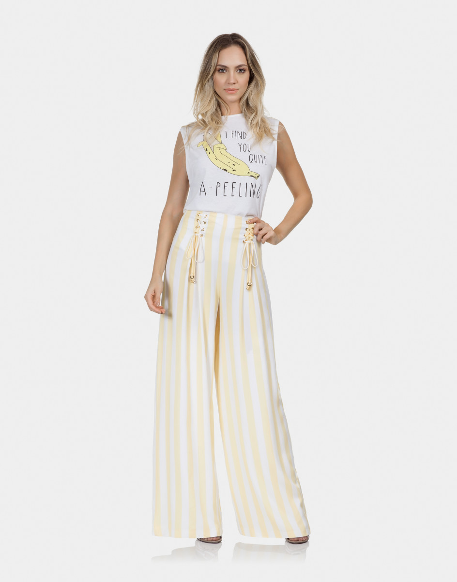 0f6dd51ad Lez A Lez - Calça Pantalona Listrada Tecido Amarelo Limonada ...