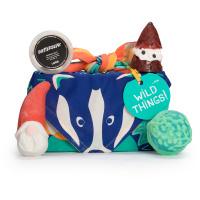 Wild Things é um dos presentes de natal embrulhados num Knot Wrap com uma raposa e um texugo para comemorar a nosso respeito pelos animais