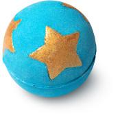bomba de baño de color azul con estrellas doradas