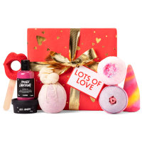 Lots of Love gift by Lush