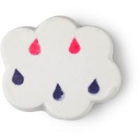 Bomba da bagno bianca a forma di nuvola con gocce blu e rosa