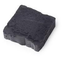 The Black Stuff - Shampoo solido alle proteine vegane con proteine del grano idrolizzate, aquafaba e birra stout per idratare e ammorbidire i per capelli fragili e sottili.
