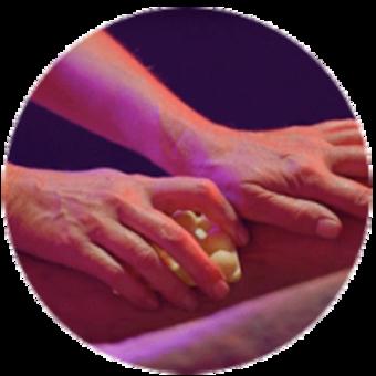 The Good Hour tratamiento spa Madrid de 70 minutos masaje corporal de tejido profundo para liberarte de las áreas de tensión