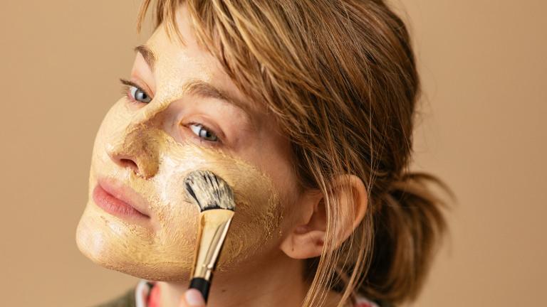 Brush strokes vårdnande ansiktsmask