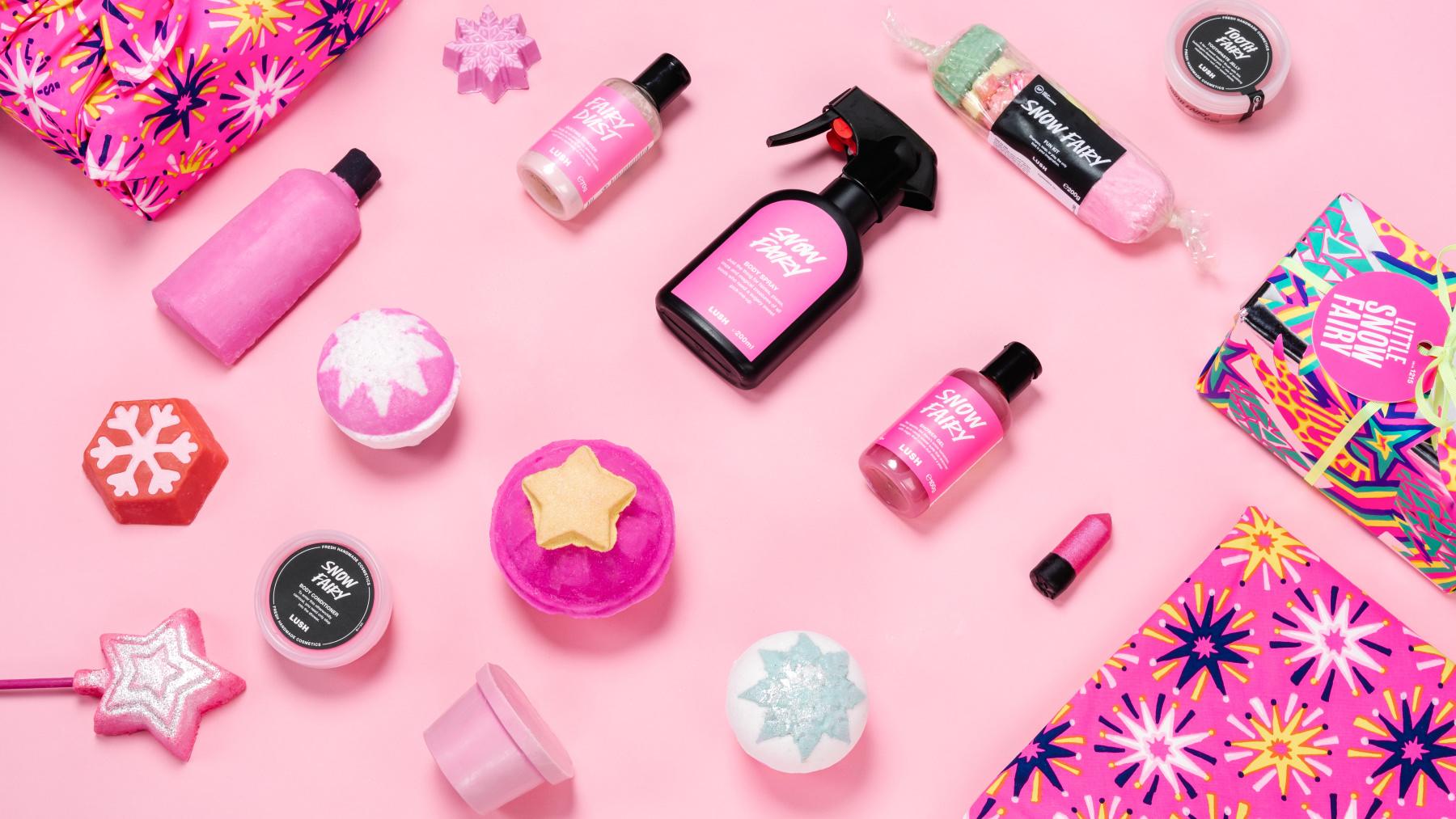 Alle Snow Fairy Produkte auf pinkem Hintergrund