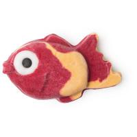Ein rotes Schaumbad in der Form eines Fisches