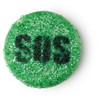 SOS é um champô sem óleo de palma mas com patchouli e laranja do Brasil