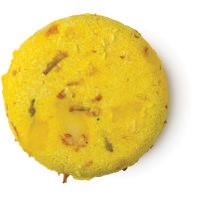 Godiva é um dos champôs sólidos da Lush Amarelo Redondo Sexy de aroma a Jasmim