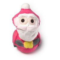 Santa é uma das bombas de banho de natal é um pai natal com um aroma doce a morango