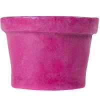 Ein pinker, fester Body Conditioner in der Form eines Lush Blackpots