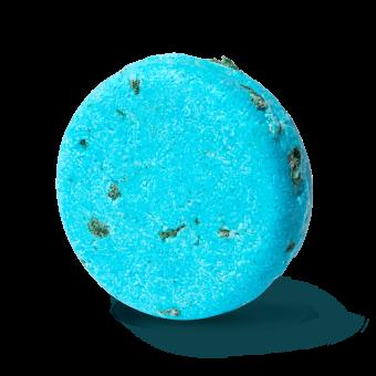 blå schampokaka med havssalt