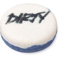 champô sólido branco e azul com a palavra sujo escrito por cima