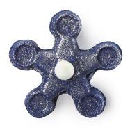 Um banho de espuma em forma de spinner para banhos com cor azul uma sugestao de presente para o Dia do Pai que pode ser utilizado por toda a familia