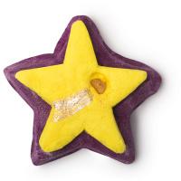 sternförmiges dunkelviolettes schaumbad mit gelber mitte