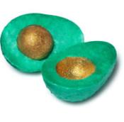 Avo Good Easter jabón en forma de aguacate de color verde con una semilla color dorada