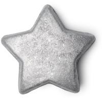 Ein in silbernes Glitzerpulver getauchter Stern