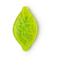 Sapone di Natale Christmas citrus a forma di limone di colore verde con scorzette di limone