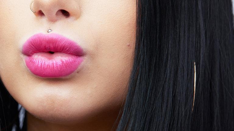 hero lulea pink lipstick