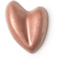 Olio solido colorato a forma di cuore