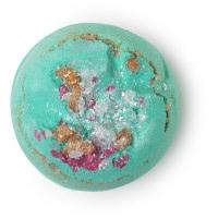 santas grotto é uma das bombas de banho exclusivas de natal de cor turquesa e aroma floral