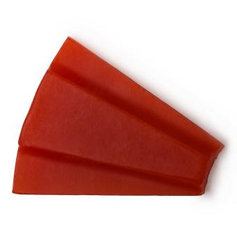 Spicchio di sapone fatto a mano di colore rosso