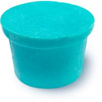 Christingle é um dos condicionadores de corpo sólidos azul com aroma fresco a mentol para usares no duche