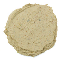 A Brazened Honey é umas das máscaras frescas da Lush feita com funcho, gengibre, salsa e coentros para desintoxicar e estimular a pele