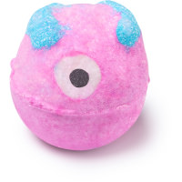 Monsters ball é uma das bombas de edição limitada de halloween cor de rosa com um olho cheia de óleos energizantes