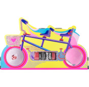 bike themed gift including two bath bombs and a shower gel