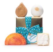 Confezione regalo di Natale Golden Wonder e il suo contenuto