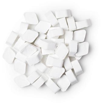 cool enjuage bucal en pastillas de color blanco
