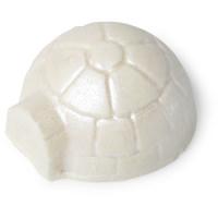 Igloo é um dos óleos de banho exclusivos de natal com a forma de um igloo de mentol