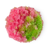 green and red coloured lip scrub in a circle