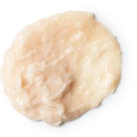 Curly wurly é um champô cremoso com pedaços de coco para hidratar o teu cabelo versão sem ovos