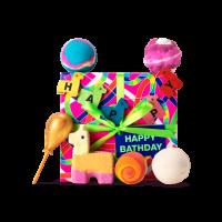 regalo Happy Bathday para los amantes de un buen baño con las bombas y burbujas de ducha alrededor