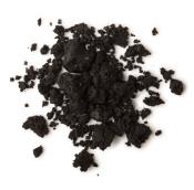 Dark Angels é um dos produtos de limpeza facial e corporal preto com açúcar negro e carvão para esfoliar e lama Rahssoul para limpar em profundidade