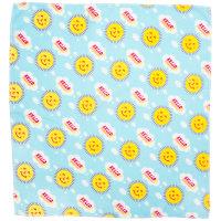 Hellblaues Tuch mit gelben Sonnen