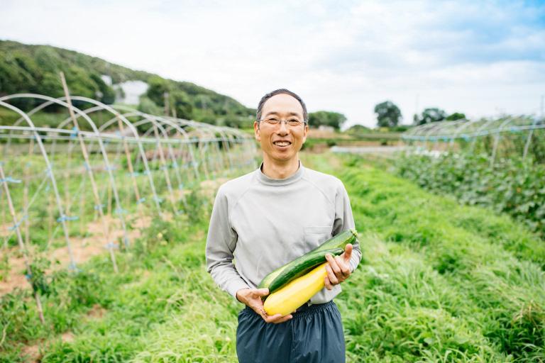 ラッシュの原材料のサプライヤー、神奈川県愛川町にあるたむそん自然農園の田村吾郎さん