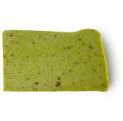 Olive Tree é um sabonete de azeite e azeitonas verdes frescas e sumarentas que amaciam a tua pele