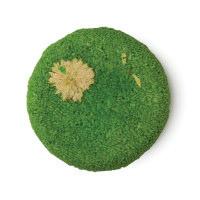Karma Komba é um dos champôs sólidos da Lush Redondo  verde cabelo seco