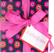 The Fabulous gift box seen from the front