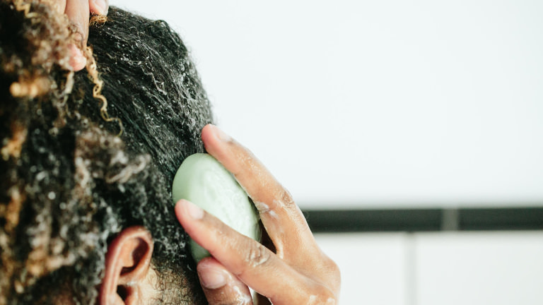 How to pick the right hair conditioner