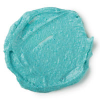 Don't Look At Me é uma das máscaras faciais frescas azul com uma textura rica e esfoliante de tofu e arroz moído para uma limpeza profunda