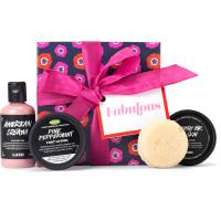 el regalo fabulous con productos cosméticos alrededor