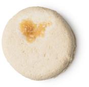Honey I Washed My Hair é um dos champôs sólidos da Lush Beje Redondo de mel para hidratar o cabelo