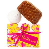 regalo buttercup con una bomba de baño y un jabón