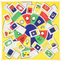 Tarot Knot Wrap Halloween con carte per tarocchi su sfondo giallo