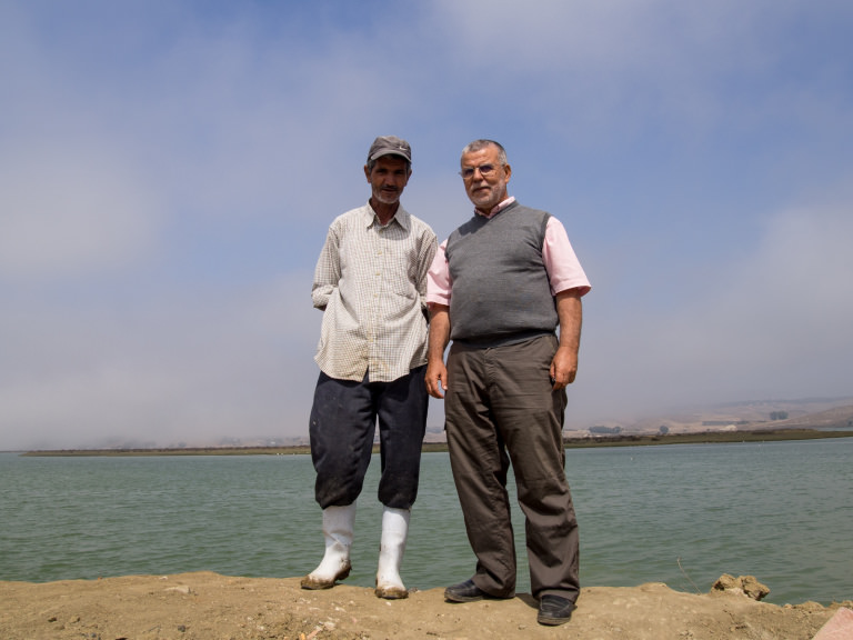 ali_and_mohamed_dakki_larache_saltpans._credit_-_julian_hoffman