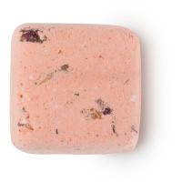 Petal head é um shampoo seco de ylang ylang, rosa e jasmim