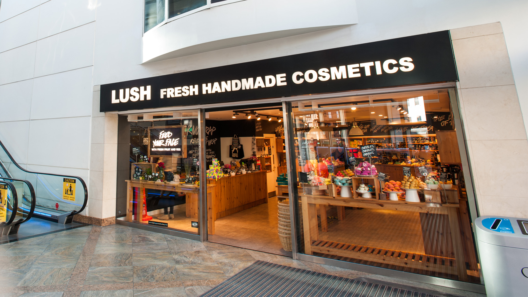 Reading | Lush Fresh Handmade Cosmetics UK